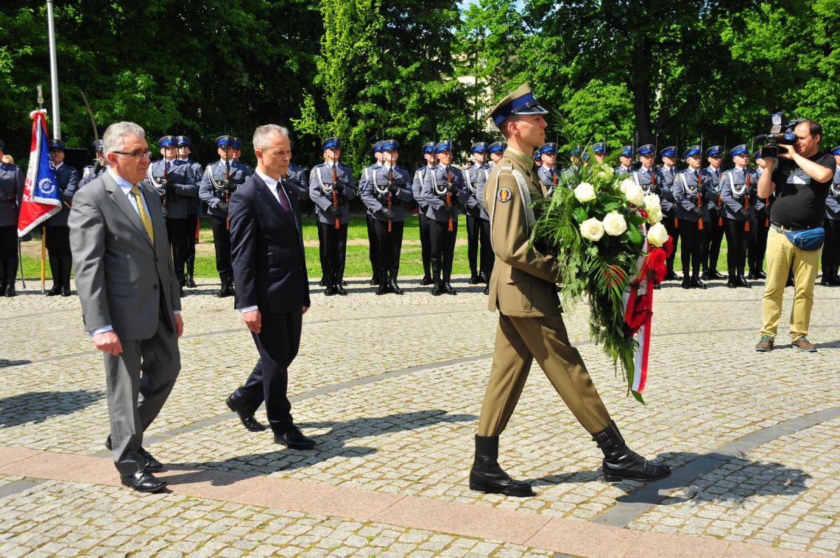 | Zdjęcie dotyczy Uroczystości upamiętniające generała Andersa i bitwę pod Monte Cassino zostało dodane przez WiO Warszawa i Okolice  - w dniu 2016-05-12 i