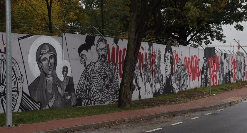 750 metr w chwa y najwi kszy patriotyczny mural powstaje for Mural ursynow