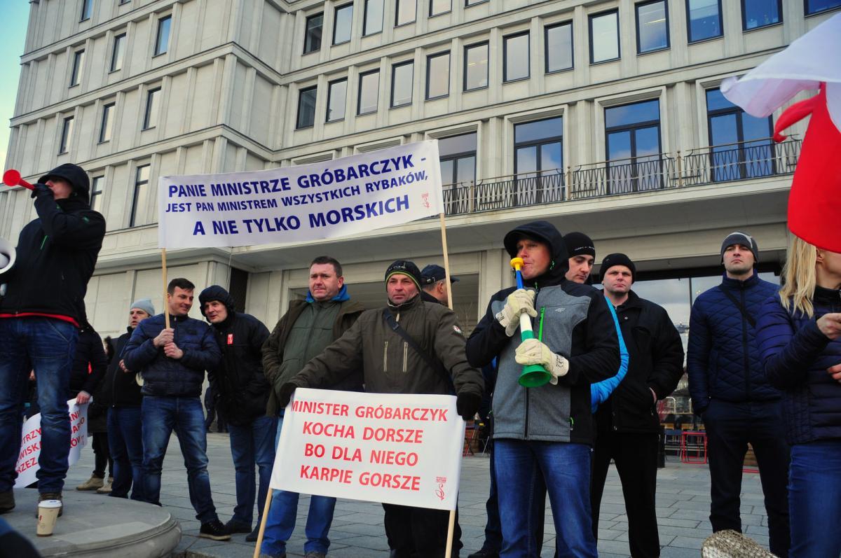| Zdjęcie dotyczy Protest rybaków [zdjęcia] zostało dodane przez WiO Warszawa i Okolice  - w dniu 2017-03-16 id nr: 546301 |